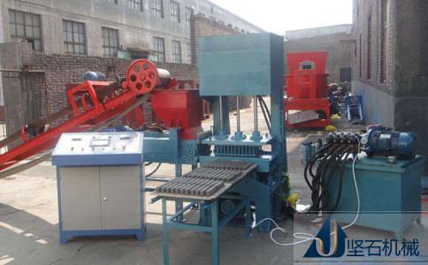 QMJ4-15型全自动液压砌块砖机