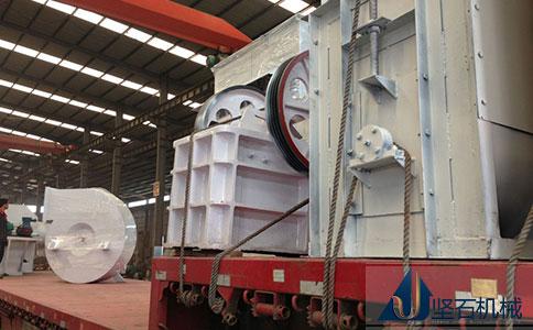 坚石机械时产100吨石料生产线发往西宁