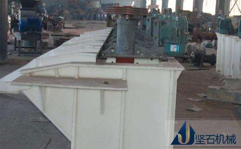 坚石机械浮选机生产车间